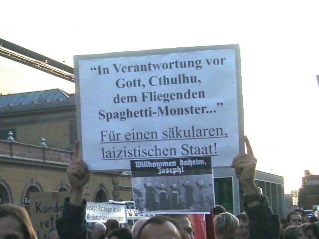 Cthulu gegen den Papst